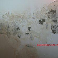 Cách cạo bỏ lớp sơn cũ trên tường
